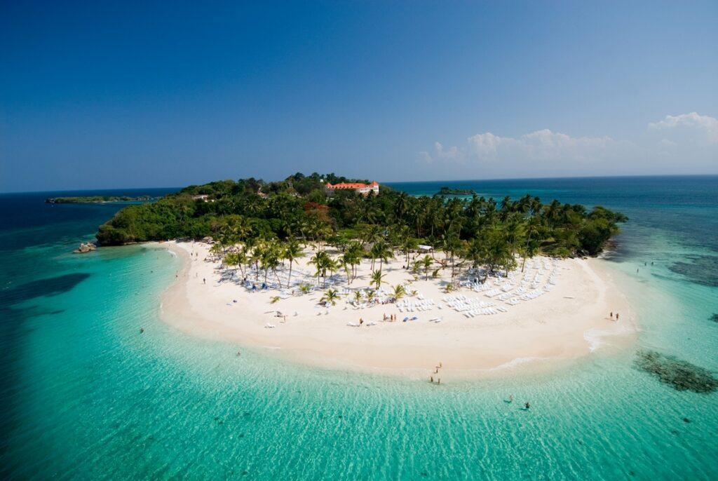 Cayo Levantado, Dominikana