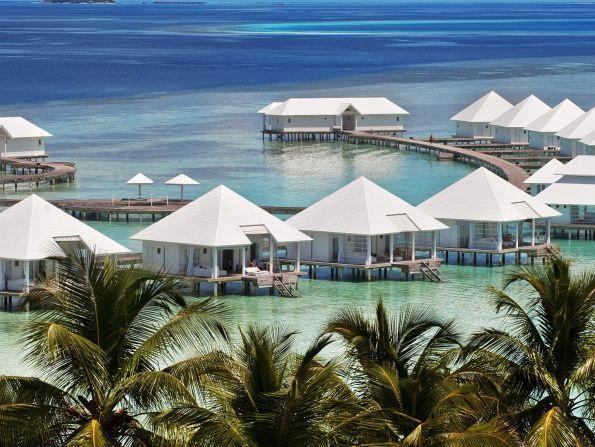 Hotel Diamonds Athuruga Beach & Water Villas, Ari Atol, Malediwy