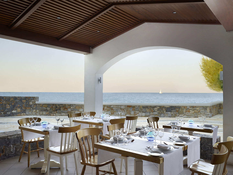 Almyra Restaurant - hotel Creta Maris Beach Resort